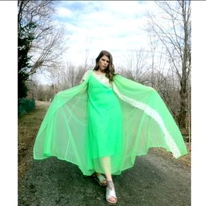 ✨HP✨Vintage Neon Lime Full Length Night Gown Set